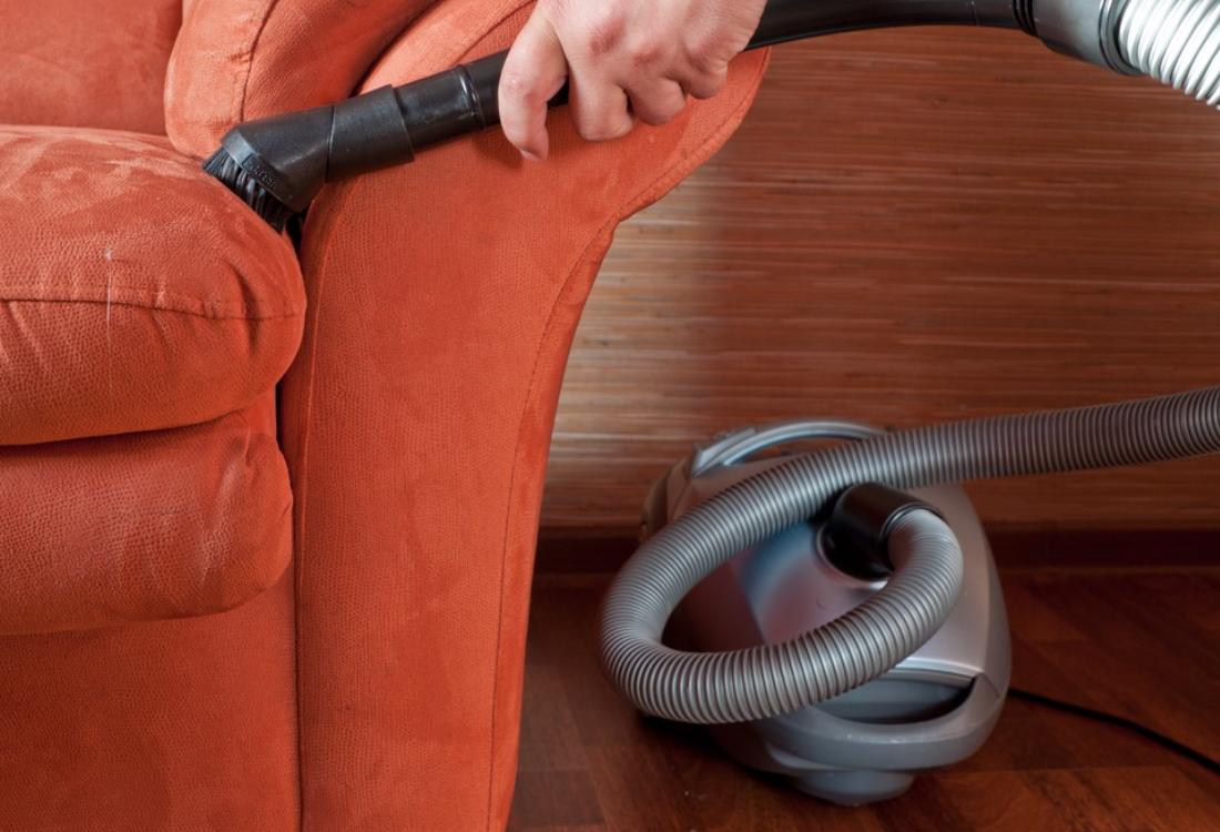 Химчистка дивана в домашних условиях своими руками